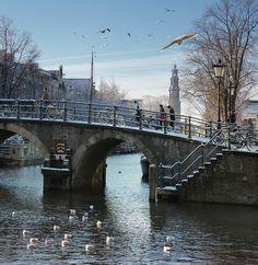 Amsterdam winter 2013!    By B℮n, via Flickr
