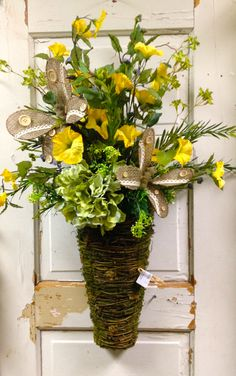 Burlap and yellow floral