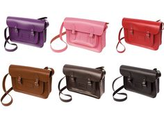 There's just something about The Cambridge Satchel Company that got me swooning over their Cambridge Satchel Bags Cambridge Satchel, Carteras Michael Kors, Bohemia Design, Birthday Souvenir, Michael Kors Satchel, Branded Bags, Fashion Essentials, School Bags, Style Guides