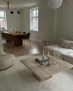 Interior Design Living Room, Living Room Designs, Living Room Decor, Living Spaces, Interior Design Inspiration, Home Decor Inspiration, Dream Home Design, House Design, Aesthetic Room Decor