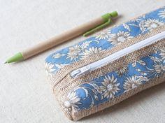 Natural burlap pencil case appliqued with blue by SeaBreezeStore #integritytt