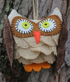 Burlap Owl Ornament Rustic Bird Primitive Ornie by reginacmoore Burlap Owl, Burlap Ribbon, Burlap Projects, Burlap Crafts, Owl Crafts, Crafts To Make, Primitive Ornaments, Owl Ornament, Christmas Crafts