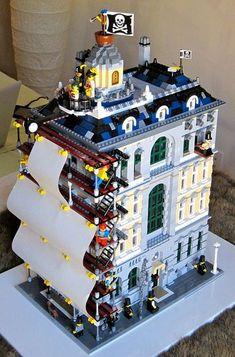 15 Insane LEGO Creations by iris-flower