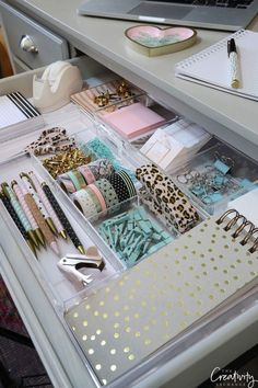diy Organization room - Trendy room organization tips bedroom organisation 48 ideas Bedroom Organisation, Home Office Organization, Home Office Decor, Organization Hacks, Organizing Tips, Organizing Drawers, Stationary Organization, Organization Ideas For Bedrooms, Decorating Office Desks