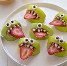 •Apple•Strawberry•Seeds•Eatable eyes•