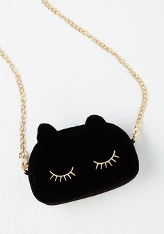 Cute cat purse. Lovely and Lush Bag $29.99 AT vintagedancer.com  #halloween
