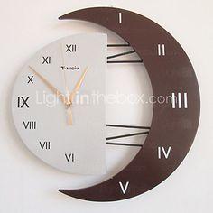 Часы настенные в форме полумесяца с римскими цифрами (случайный цвет) - USD $ 22.99