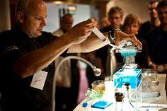 Molekulárna gastronómia @ TEDxNitra 2013 Molecular Gastronomy, Fountain, Barware, Coffee Maker, Kitchen Appliances, Science, Inspiration, Coffee Maker Machine, Diy Kitchen Appliances