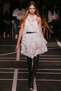 Givenchy womenswear, spring/summer 2015, Paris Fashion Week primavera #verano #2015 #fashion #moda