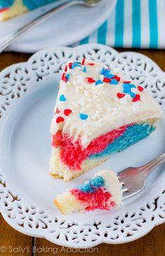 Red White and Blue Cake ~ How to Make a Tie-Dye Cake: