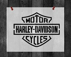 Motor Harley Davidson Cycles, Girl Costumes, Toddler Girl, Stencils, Petite Fille, Templates, Stenciling, Female Costumes, Painting Stencils