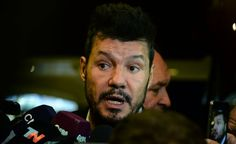 Fuerte ataque de un periodista del Grupo Clarín a Marcelo Tinelli   Marcelo Tinelli, Grupo Clarín
