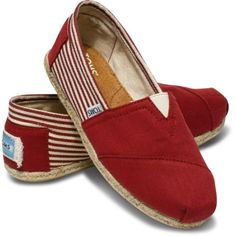 Toms Shoes OFF!>> Love Tom's Shoes especially this red & white one. With every pair you buy Tom's donates one pair to a child. Toms Shoes For Men, Cheap Toms Shoes, Toms Shoes Outlet, Shoes Women, Toms Boots, Ankle Boots, Moda Sneakers, Sneakers Mode, Sneakers Fashion
