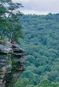 Check out some of our favorite Midwest places to escape for the weekend—for entertainment, outdoor fun or just plain relaxing.