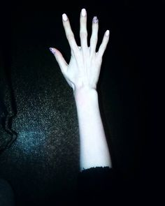 Худоба и бледность в моде. Наверное. Таня Румянцева, Tanya Rumyantseva, худая, бледная, анорексия, анорексичка, рука, руки,  кости, худоба, девушка, бледность, белая кожа, белоснежная кожа, похудение, киев, худая девушка, тамблер, тумблер, украина, anorexia, anorexic, skinny, girl, pale, pale skin, white skin, hand, hands, arm, arms, skinny girl, white, tumblr, anorexix, anorexi, kiev, ukraine