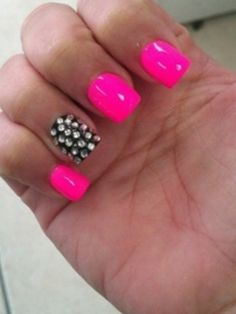 hot pink black nails I had done! LOVE the stones! Too bad I don't like getting my nails done! Pink Black Nails, Hot Pink Nails, Nail Pink, Bright Nails, White Nails, Bright Pink, Bright Colors, Fabulous Nails, Gorgeous Nails