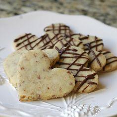 Valentine's Day Pecan Shortbread Cookies #ValentinesDayFood #ValentinesDayDesserts #ValentinesDayCookies