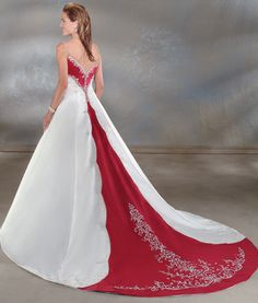 http://www.jormabridal.com/dream_in_color/colorwd051a.jpg
