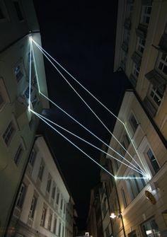 Carlo Bernardini, Raumzeichnung mit Licht 2010; optic fibers installation, mt h (from ground)16x7x12. Via Dr. Streiter, Bolzano.