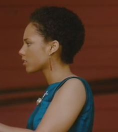05f41e6642f8 from  TheSecretLifeOfBees  aliciakeys Hair evolution. Looks amazing.  Absolutely Beau. Alicia Keys
