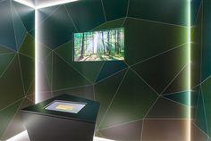 """stories within architecture / Ausstellung """"Es lebe die Vielfalt"""" / Narrativer Innenraum """"Einfallsreich"""" mit Medieninstallation"""