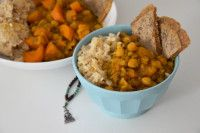 The world in bits and pieces – The world is your oyster – discover it! Carrot Curry, Brown Lentils, Sweet Potato Curry, Cup Of Rice, Cultural Diversity, Curry Powder, Naan, Butternut Squash, Chana Masala