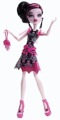 Monster High Frights, Camera, Action! Black Carpet Draculaura Doll.