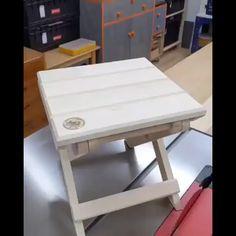 Folding Furniture, Diy Furniture Plans Wood Projects, Diy Pallet Furniture, Space Saving Furniture, Woodworking Projects Diy, Furniture For Small Spaces, Wood Furniture, House Furniture Design, Home Decor Furniture