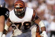 Top 20 Offensive lineman in NFL history!