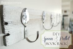 Make a Pallet Wood Wall Rack {with stamped spoon hooks} - Love this idea for kitchen. If only I had more wall space.