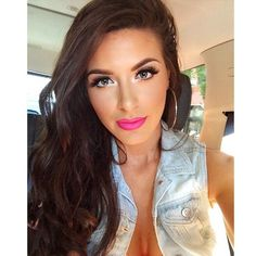 Pretty Pink Lips. #makeup #lipstick #brightpinklips