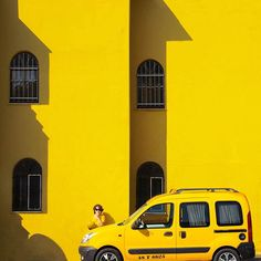 Istanbul Shown As A Colorful Modern City By Yener Torun Yellow Sun, Shades Of Yellow, Mellow Yellow, Black N Yellow, Baby Yellow, Mustard Yellow, Yellow Photography, Minimal Photography, Car Photography