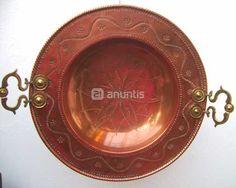Foto de Antiguo brasero de cobre