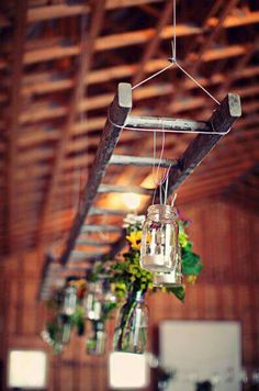 Hanging ladder light