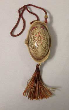 """CARVED & """"antique stained effect"""" CELLULOID compact purse - circa 1920s"""