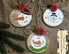 Snowmen Wood Ornament Snowman Ornament Wooden Snowman | Etsy Farmhouse Christmas Ornaments, Handmade Christmas Tree, Christmas Ornament Crafts, Unique Christmas Gifts, Snowman Ornaments, Christmas Wood, Holiday Crafts, Snowmen, Snowman Tree
