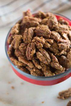 Delicious Candied Pecans are great for topping on salads, desserts, giving as holiday gifts, or just for a sweet treat to snack on. This easy candied pecans recipe can be made on the stovetop or baked in the oven. Pecan Recipes, Candy Recipes, Cooking Recipes, Dessert Recipes, Dessert Ideas, Candied Pecans Recipe, Candied Nuts, Christmas Snacks, Christmas Ideas