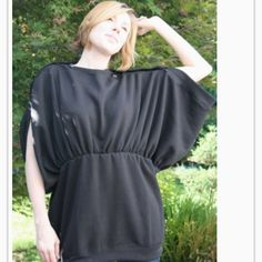 Turn Men's XL Sweatshirts into a Convertible Blouson Tunic:  it can be turned into a skirt too.  -from fave crafts