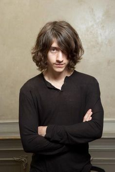 I love henley shirts on men. Plus, Alex Turner has the long hair going....win.