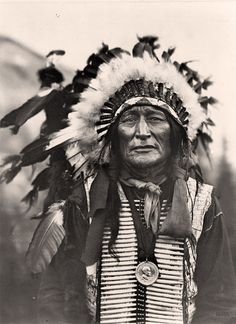 Native American Medical Cures That Save Many Lives ways) Native American Pictures, Native American Artwork, Native American Beauty, Native American Tribes, American Indian Art, Native American History, American Indians, Native American Cherokee, Indian Pictures
