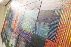 Serginin merkezinde bulunan 'Arsan Apt: Kurgu Ev' isimli çalışma 55 ayrı parçadan oluşan bir resim - yerleştirme. #artfulliving #sergi #exhibition #contemporaryart #secilerel #zilberman #galeri