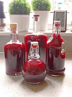 750 g Früchte (Waldfrüchte, TK) 500 g Puderzucker 100 ml Zitronensaft 250 ml . Cocktail Gin, Cocktails Champagne, Vodka, Tequila, Smoothie Drinks, Smoothies, Forest Fruits, Liqueur, Schnapps