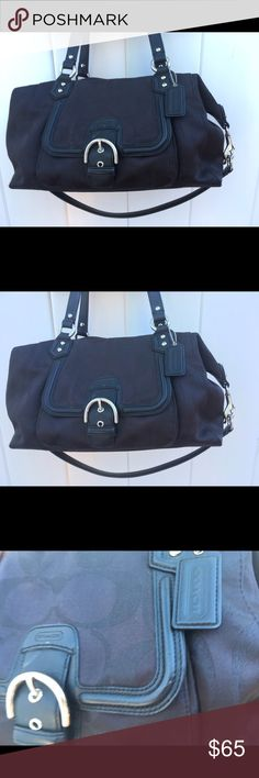 Coach handbag good condition Black Coach handbag. This is plenty of room in this bag. Good condition with the exception of the missing zipper tab. My puppy thought it was a snack. 😂❤️ Other than that the bag is in great condition. Coach Bags Shoulder Bags