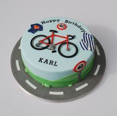 Birthday cake for a cycling, baking and superman fan! Bicycle Cake, Bike Cakes, Cycling Cake, Cycling Tips, Women's Cycling, Cycling Workout, Cycling Shorts, Cycling Jerseys, 40th Cake