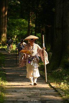 iseo58:    Japanese monk climbing the thousand step stair at Mount Haguro, Dewa Sanzan, Japan