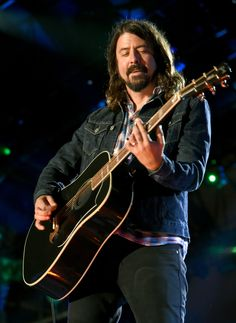 10 Things We Learned Hanging With Dave Grohl | Rolling Stone