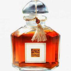 Perfume Shrine: Guerlain RE-Issues 4 Archive Perfumes for their Heritage Collection: Fragrance Descriptions & Photos Parfum Guerlain, Bottle Box, Beautiful Perfume, Perfume Collection, Home Fragrances, Smell Good, Perfume Bottles, Glass, Beauty