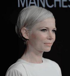 Michelle Williams attends the premiere of 'Manchester By The Sea' at Samuel Goldwyn Theater, Beverly Hills, California, November 14.