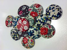 fabric covered buttons by millyspaven