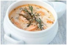 Finnish soup with salmon How To Make Cake, Cheeseburger Chowder, Hummus, Cantaloupe, Mashed Potatoes, Salmon, Food And Drink, Tasty, Fresh